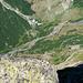 Blick vom Höhenweg Bergseehütte - Chelenalphütte auf die Chelenreuss im Talgrund.