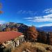 Nevedet Dessus. Vue sur le Mont Gond et Ché Riond. <br /><br />[https://api3.geo.admin.ch/luftbilder/viewer.html?lang=fr&width=7000&layer=ch.swisstopo.lubis-terrestrische_aufnahmen&bildnummer=00000000347536&title=No+de+l%27image&rotation=0&datenherr=-&height=4639&x=4177.71&y=3295.78&zoom=5 Photo de 1929]