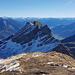 Die verschneite Gauschla, dahinter die Berninagruppe