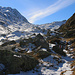 Blick aus zirka 2050m zum Talabschluss vom Val Niemet mit dem Pass da Niemet / Passo di Emet (2294,6m).
