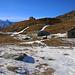 Nach einem gmütlichen, kurzen Abstieg erreichte ich die Hütten der Alpe di Emet (2167m) auf italienischem Boden. Nun waren es nur noch wenige Schritte zum Tagesziel Rifugio Bertacchi.