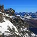 Aussicht etwas oberhalb der Mitte des Südwestgrates zum eindrücklichen Piz Platta (3392m).