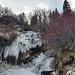 Eisbildung auf Walserdeutsch: Ds Wasser hät gnidlet!
