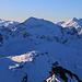 Piz Curvér (2971,8m): Gipfelaussicht nach Süden zum Piz Grisch (3062,0m) den ich nächste Woche zu besteigen plante - sofern das Wetter sich gehalten hätte, doch pünktlich am 1. Dezenber kam neuer Schneefall und der Berg ist eindeutig kein Ziel für Ski oder Schneeschuhe.