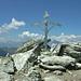 Eigenwilliges Gipfelkreuz auf dem Pic d' Artsinol