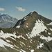 Unser Nachbar! Der Pizzo del Sole 2773m. Das Tal dahinter ist das Val Piora.