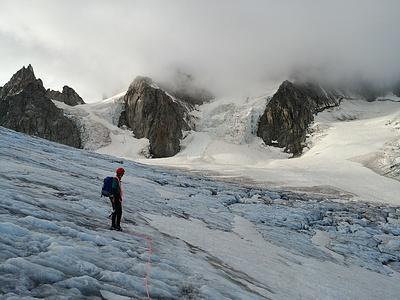 Schlechte Verhältnisse bewogen uns zur Umkehr: Akklimatisationstour am Aiguille du Chardonnet