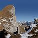 Nünalphorn (2385m) mit Gipfelaufbau um 40° Grad Hangneigung. Aufstieg der Abbruchkante nach.  Direkt vor mir ist ein durchgehende Felsspalte die bei Schnee schnell unsichtbar ist.