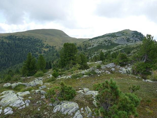 Der erste Berg mit Namen ist sichtbar: Dammeggernock
