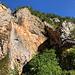 Im Aufstieg zwischen Logarska dolina und Okrešlj - Am Slap Rinka (Rinka-Wasserfall) stürzt die junge Savinja (Sann) 90 m in die Tiefe. Rechts ist wiederum das Orlovo gnezdo zu sehen.