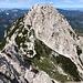 """Ledinski vrh - Ausblick zur benachbarten Velika Baba. Auch Teile des """"Weges"""" auf den Gipfel sind zu erkennen."""