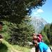 Scegliendo il sentiero per la Capanna.