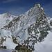 Blick vom Mont Durand oder Arbenhorn zu Arbenjoch und -grat, links das Zinalrothorn