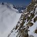 Querung durch die steile und ausgesetzte Vanil Noir SSE-Flanke, links der Vanil de l'Ecri, dazwischen u.a. Rochers de Naye und Les Cornettes de Bise