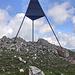 Vermessungspyramide auf dem Mont Racine