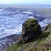 Basaltklotz weit über der Zunge des Svinafellsjökulls (Foto: [U sglider])