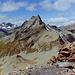 auf dem Grat etwas unterhalb des Muttler-Gipfels auf ca. 3145m; jedenfalls zu weit oben ... Dafür ist der Blick zum Stammerspitz genial