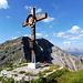 Am Gipfel der Hinteren Steinkarspitze (2215m)