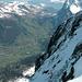 Grindelwald vom Gipfelgrat aus. Links Schwarzhorngruppe, rechts Wetterhorn, hinten u.a Pilatus und Hasliberg