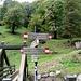 Varie indicazioni all'Alpe del Prina<br />passando il ponte si sale alla Capanna Mara<br />lungo la strada allla Bocchetta di Palanzo ed al Riella