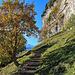 der schöne Weg zum Äscher geht hier alles dem Felsaufbau der Ebenalp entlang