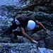 Michel am Kraxeln in einer typischen, schuttigen Rinne der Küchlspitze Südwestflanke. Oft mussten wir einzeln gehen um den Tourenpartner nicht mit Steinschlag zu gefährden.