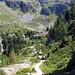 Pianoro de la Lière sullo, sfondo baita degli alpini