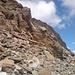 Blick vom Rand des Gletschers auf Begeher des Normalwegs zum Kleinen Isidor