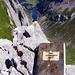 Tiefblick vom Gipfel des (Fälen-)Schafbergturms. Lt. Gipfelbuch ein einsamer Gipfel