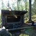 Oravalampi, ein Laava (Schützdach-bivakstelle)