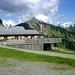 Die Franz-Josefs-Hütte - von außen nicht zu erkennen- ist eine moderne Schihütte mit viel Übernachtungskapazität.