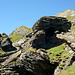 Direkt hinter der der Bergstation wird der Weg zum Gipfel sichtbar.