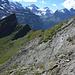 In dieser steilen, bröseligen Felsplatte landet man, wenn man beim Abstieg nicht aufpasst.