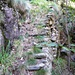 Treppenanlagen des Alpweges von Carugo 1083m nach Bercögn 1314m