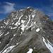 Die Gipfelkalotte der Mohnenfluh mitsamt der Anstiegstrasse zeigt sich am schönsten vom Zuger Hochlicht.