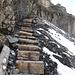 Escalier sous la Fründenhütte... attention aux marches verglacées !