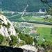 Aufstieg nach Bergnauri - uups, da gehts steil hinunter nach Lodrino mit dem Flugplatz