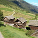 Speicherhäuuser oberhalb von Bosco/Gurin, Blick Richtung Wolfstaffel