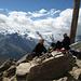 Auf dem Gipfel des Jegihorn (3.206m). Im Hintergrund die Allalin- und Mischabelgruppen.