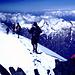 Karl bei der Gipfelrast u. Gipfelgrat des Allalinhorn c Rolf