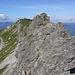 Rückblick vom Gratturm auf den bisherigen Gratverlauf - hinten Nebelhorn