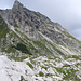 der mächtige Felsaufbau des östliches Wengenkopfs