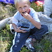 Benjamin mentre mangia i mirtilli