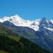 Mit Zoom von der gleichen Stelle. Der Wegpunkt [peak5704 Roc de la Vache] war von einem Hikr auf dem Talboden eingezeichnet. Dieser phantastische Aussichtspunkt verdient jedoch eine höhere Lage und deswegen habe ich den Wegpunkt geändert