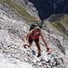 hier hat's viel lockeren Karwendelschrott, vorsichtiges Gehen ist erforderlich