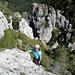 Herrliches Fels- und Legföhrengelände im Aufstieg zum Sasso Grande - da strahlt (nicht nur) das Bergsteigerherz