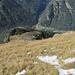 La piana di Agazzoi al centro della foto e in fondovalle Brione Verzasca