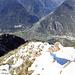 """2000m über Biasca. Blick vom Pizzo Magn """"s'Loch abe"""" nach Biasca"""