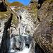 Wasserkraft 2 - auf Lavadignas Miez hat sich schon eine tiefe Schlucht gebildet