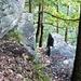 Carugo: Durchschlupf von oben